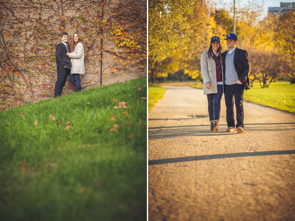 08-1-couple-in-the-fall-in-chicago-during-engagement-shoot