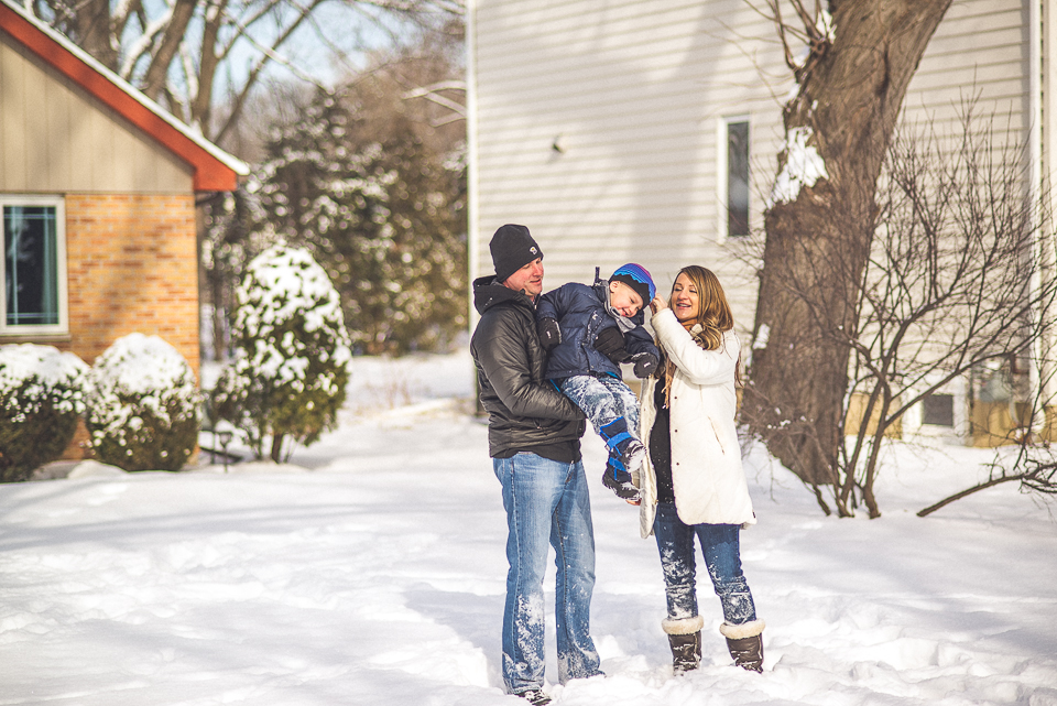 20 attempt at family portrait outdoors in the snow - Maternity & Family Photography in Oakbrook <> Wojcicki Family