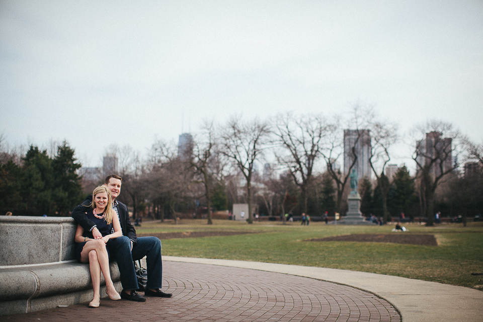 couple sitting during chicago engagement session