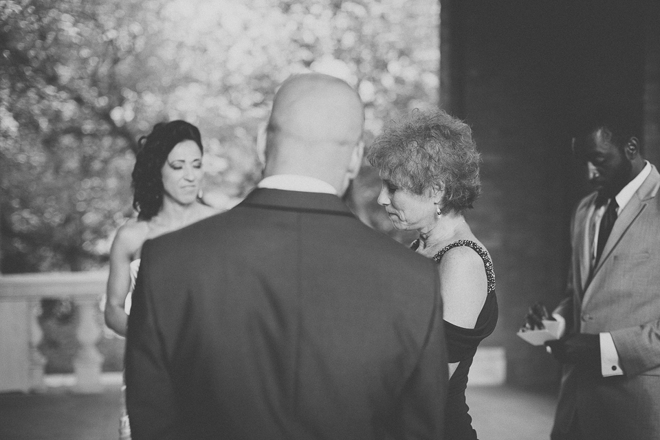 36 black and white of grooms mom talking