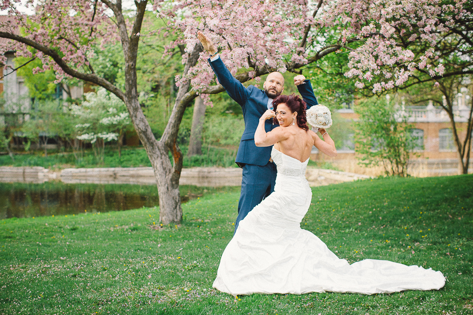 45 bridal portrait of bride and groom muscles