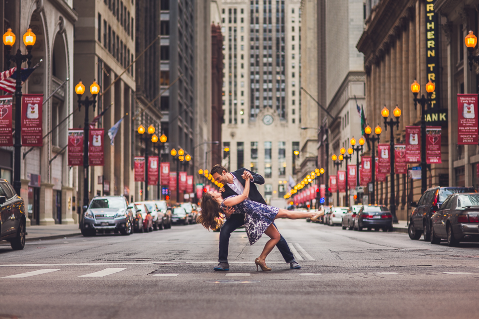 11 dipping chicago engagement photos