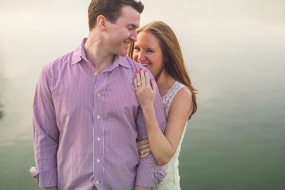 10 coule in love in chicago - Amy + Pat // Chicago Engagement Photography