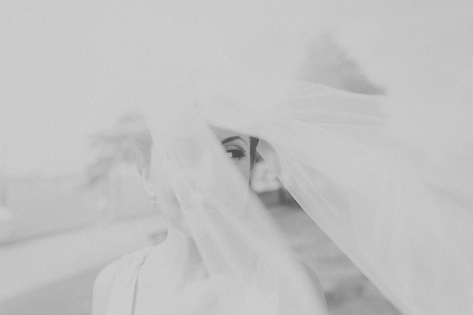 15 black and white bride portrait with veil