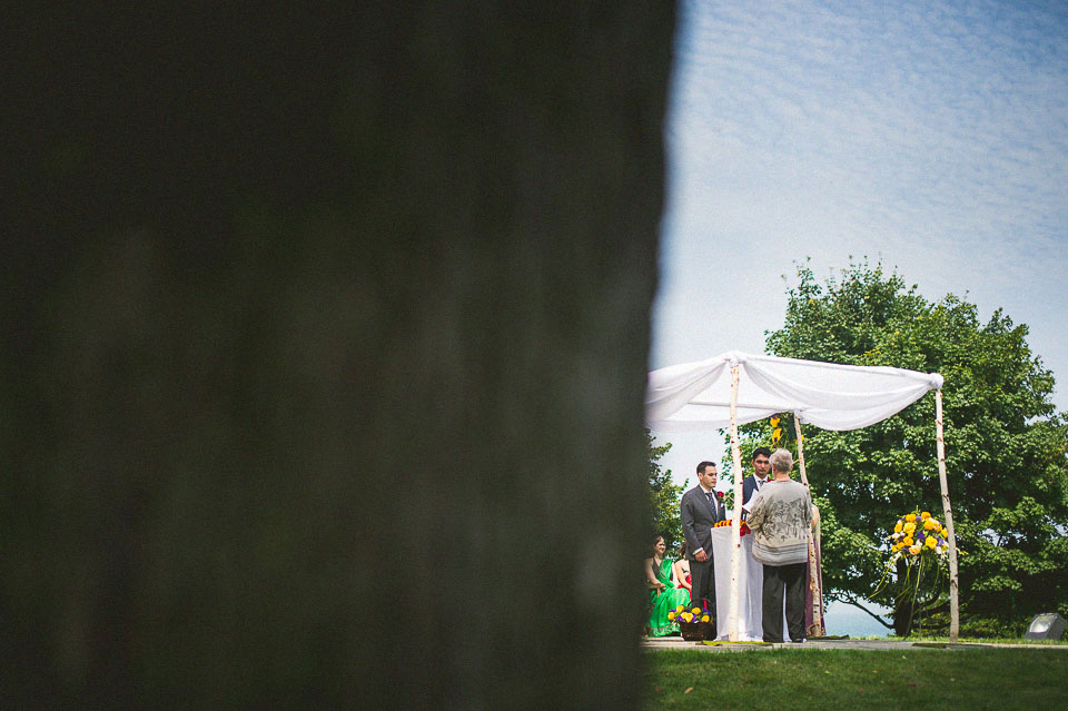 17 wedding at promontory point chicago - Chicago Wedding Photographers // Sal + David