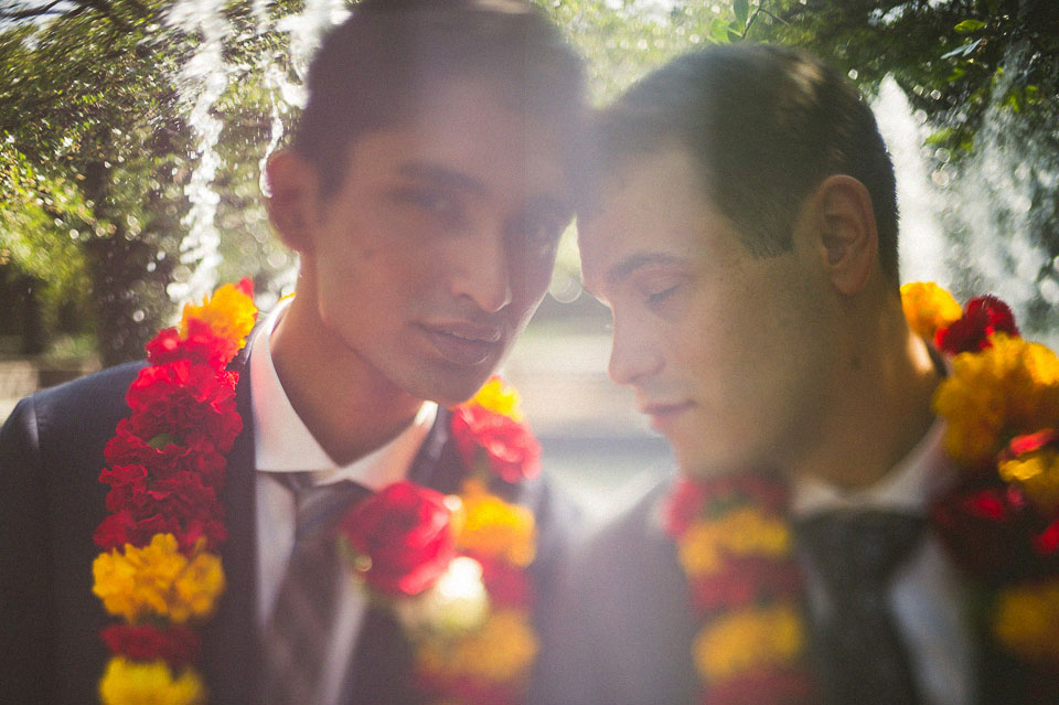 25 freelensing same sex couple portrait - Chicago Wedding Photographers // Sal + David