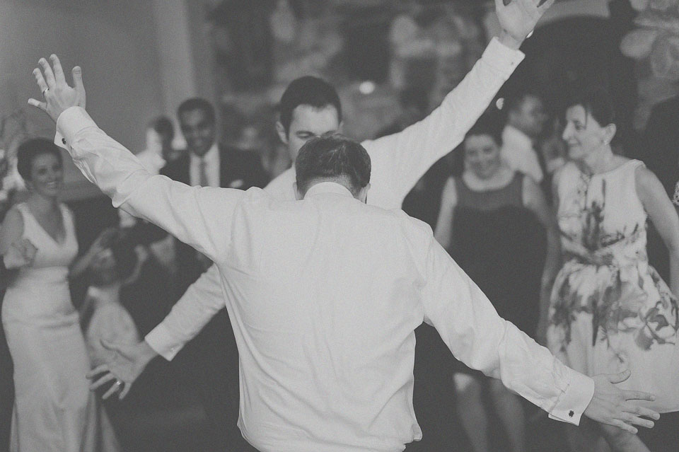 34 creative groom dancing