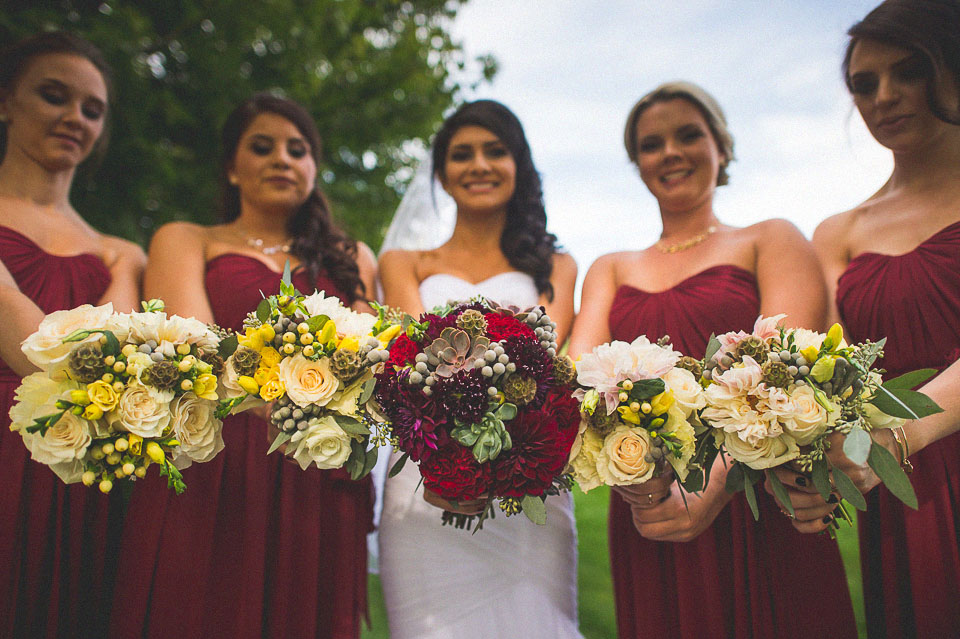 19 fun bridal flowers
