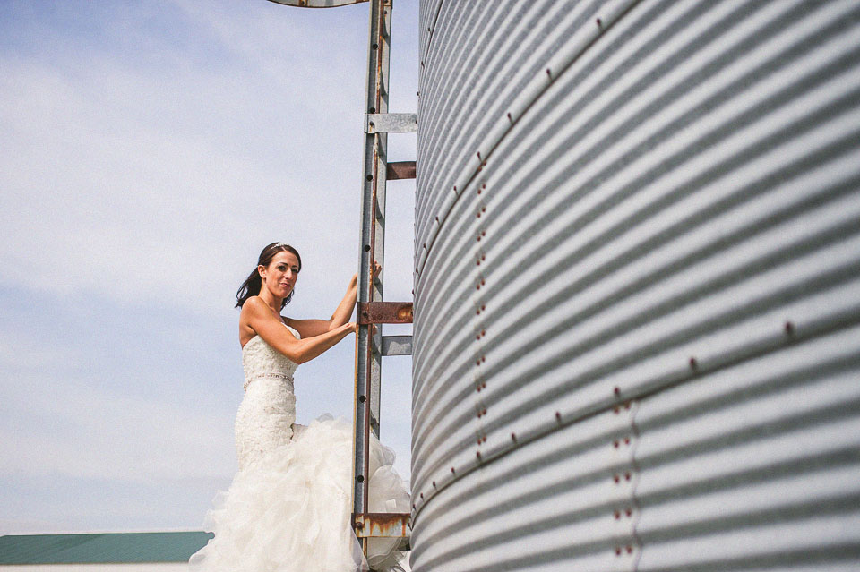 bride on a farm near dekalb