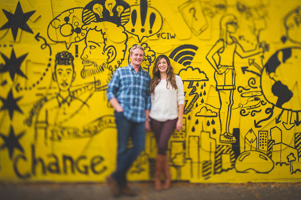 06 creative engagement photos - Wicker Park Chicago Engagement Photos // Mandy + Mike