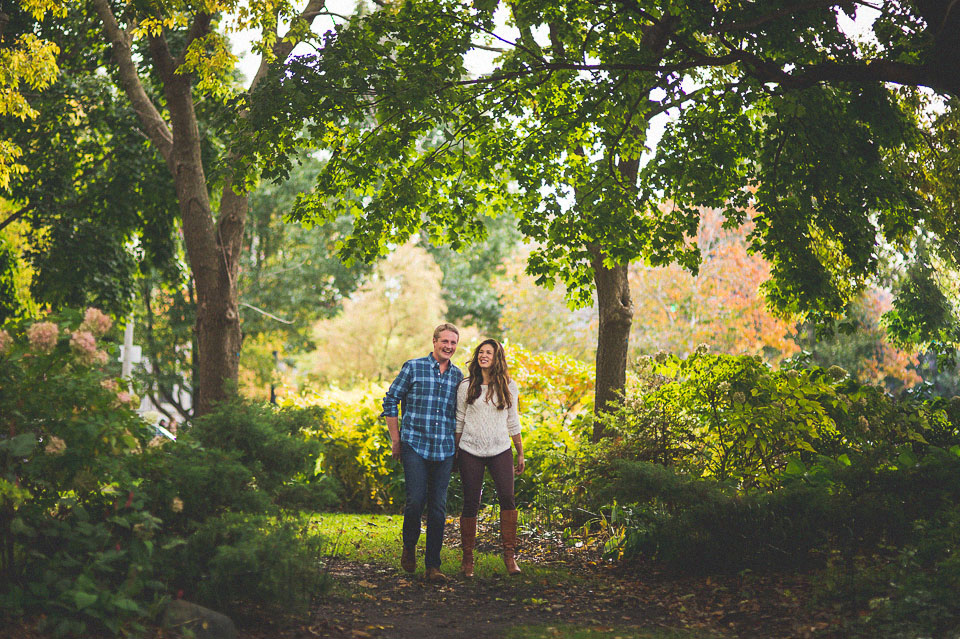 07 chicago garden engagements - Wicker Park Chicago Engagement Photos // Mandy + Mike