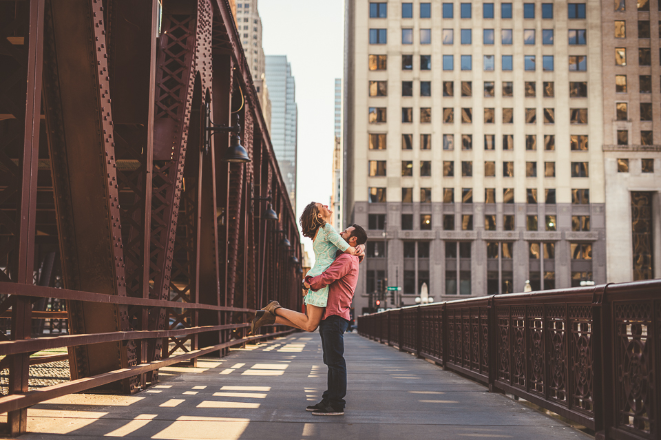 16 chicago bridge engagement photos