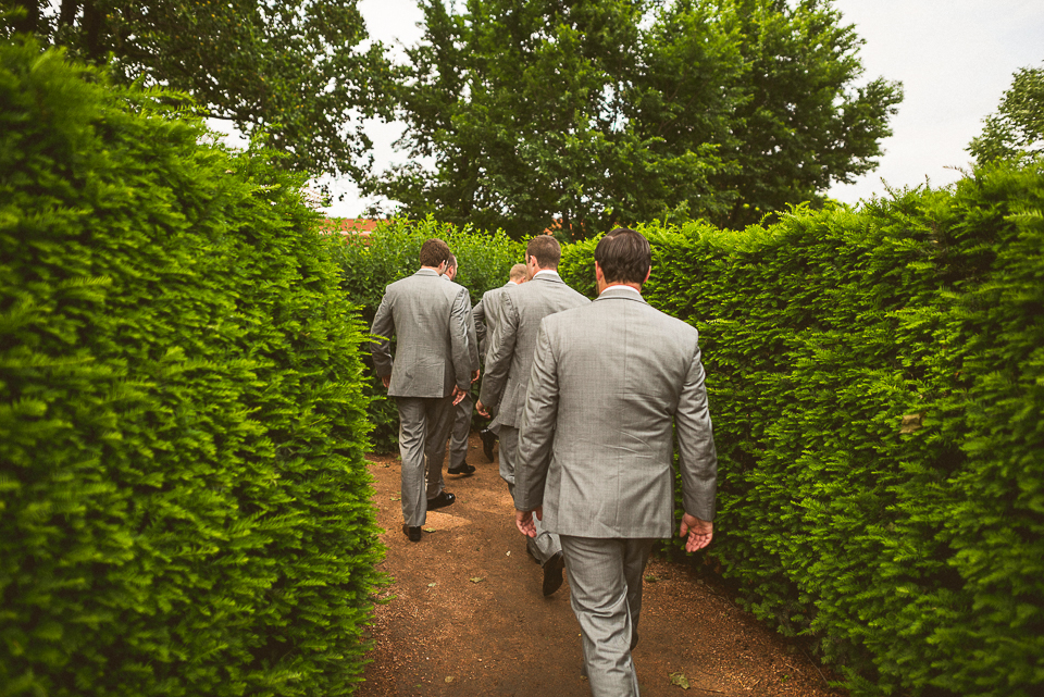 13 groomamen walking