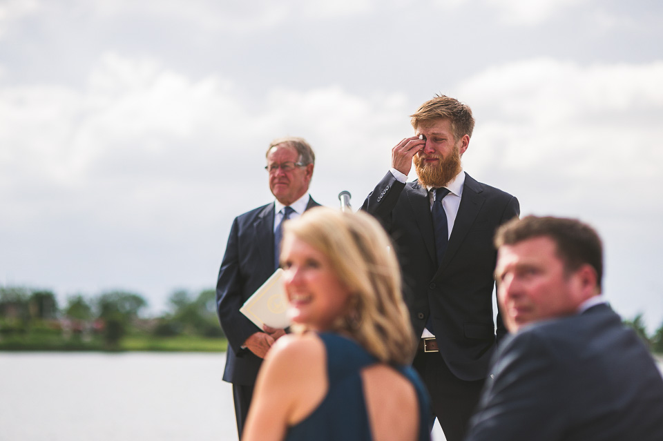 15 awesome groom crying