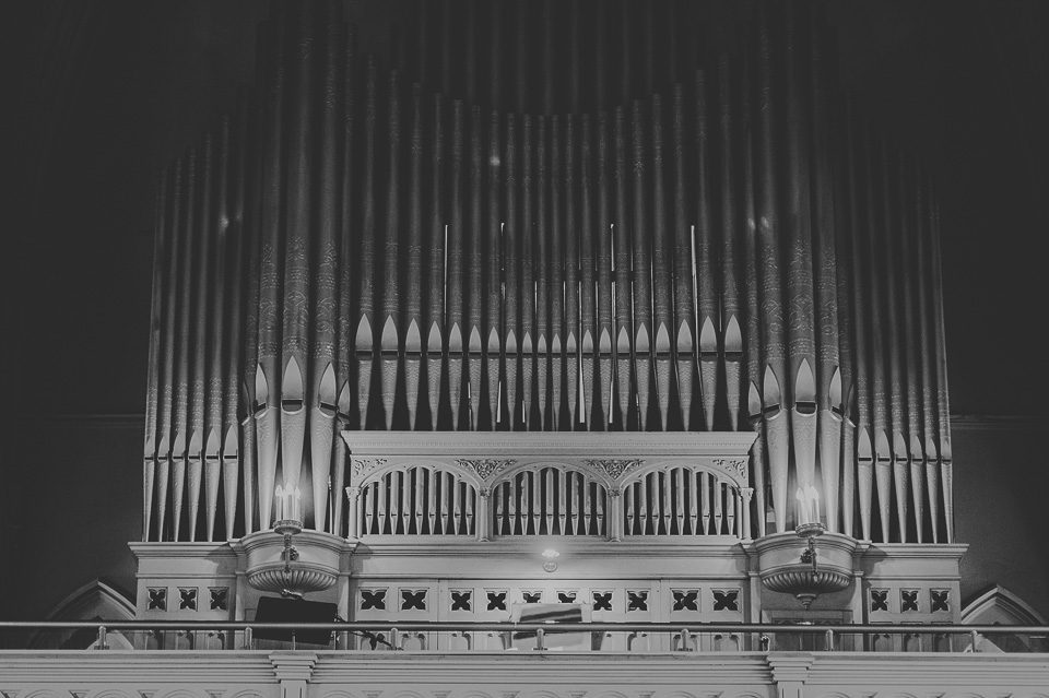 34 black and white organ photo