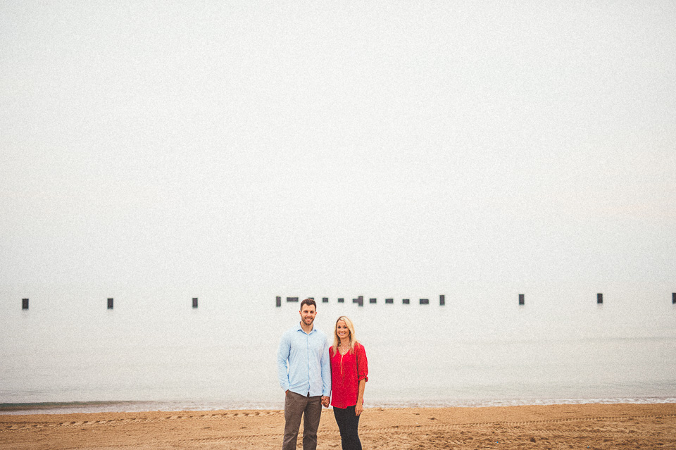 06 chicago beach engagement photos - Downtown Chicago Engagement Photos // Amber + Jacob