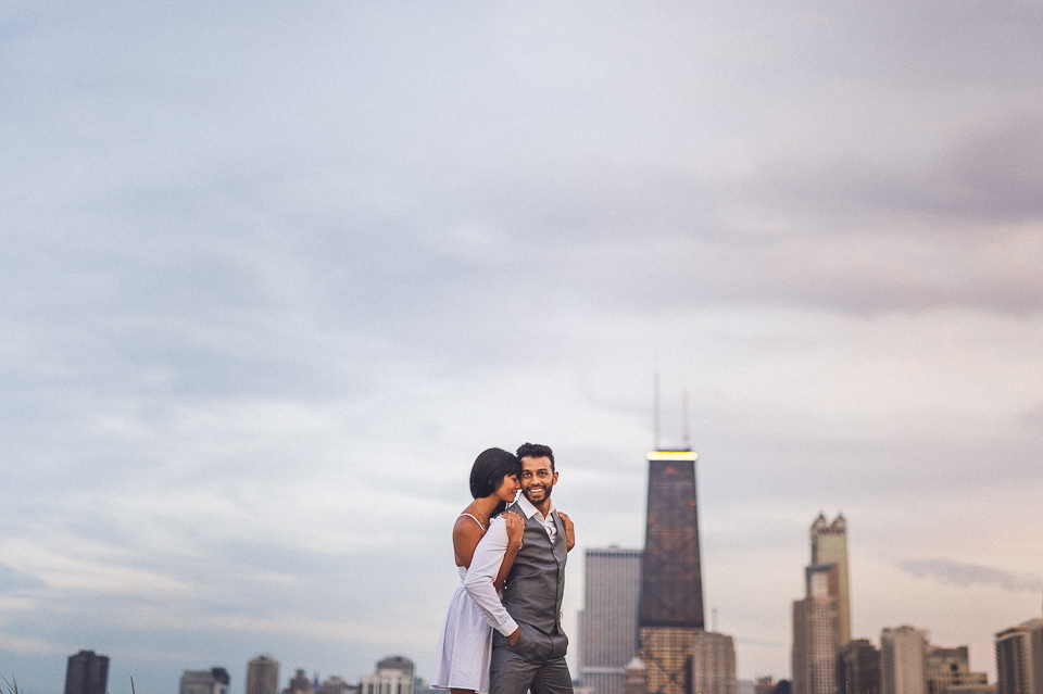 06 chicago skyline engagement photos