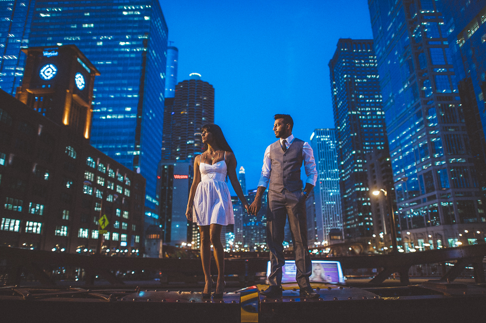 08 nighttime engagement photos in chicago