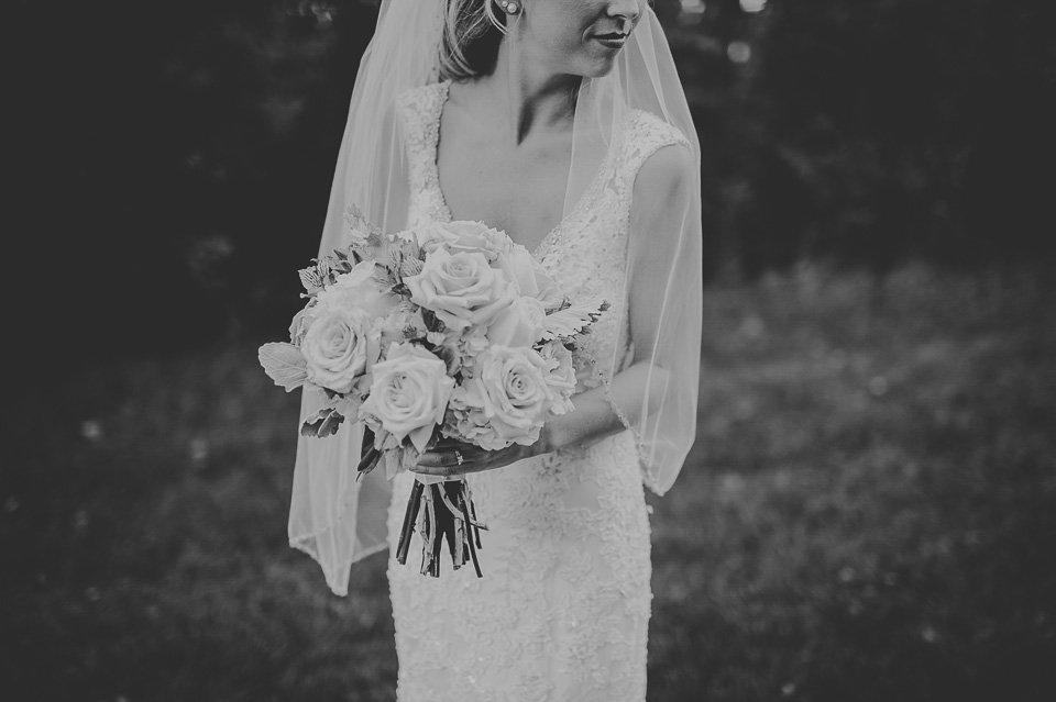 11 black and white bridal portraits