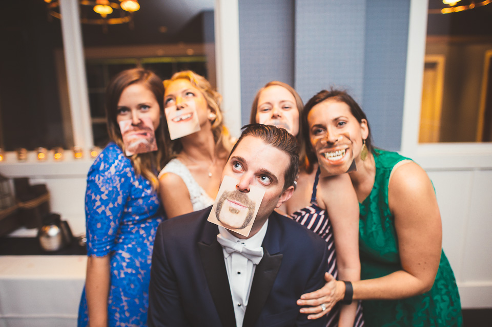 82 funny photos at wedding