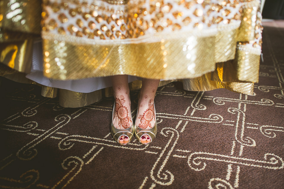 15 bridal hennah on feet - Molly + Simul // Chicago Wedding Photos at Bridgeport Art Center