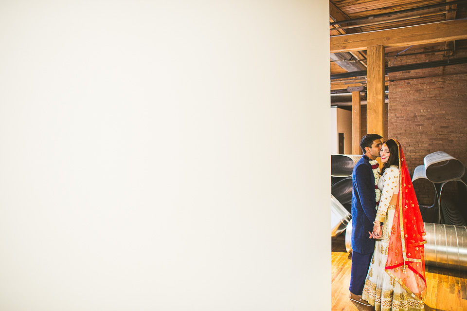 70 chicago wedding photos - Molly + Simul // Chicago Wedding Photos at Bridgeport Art Center
