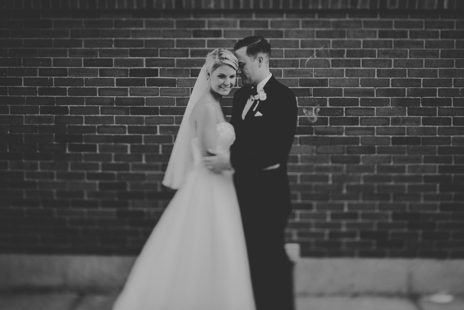 46 chicago wedding photographers in black and white