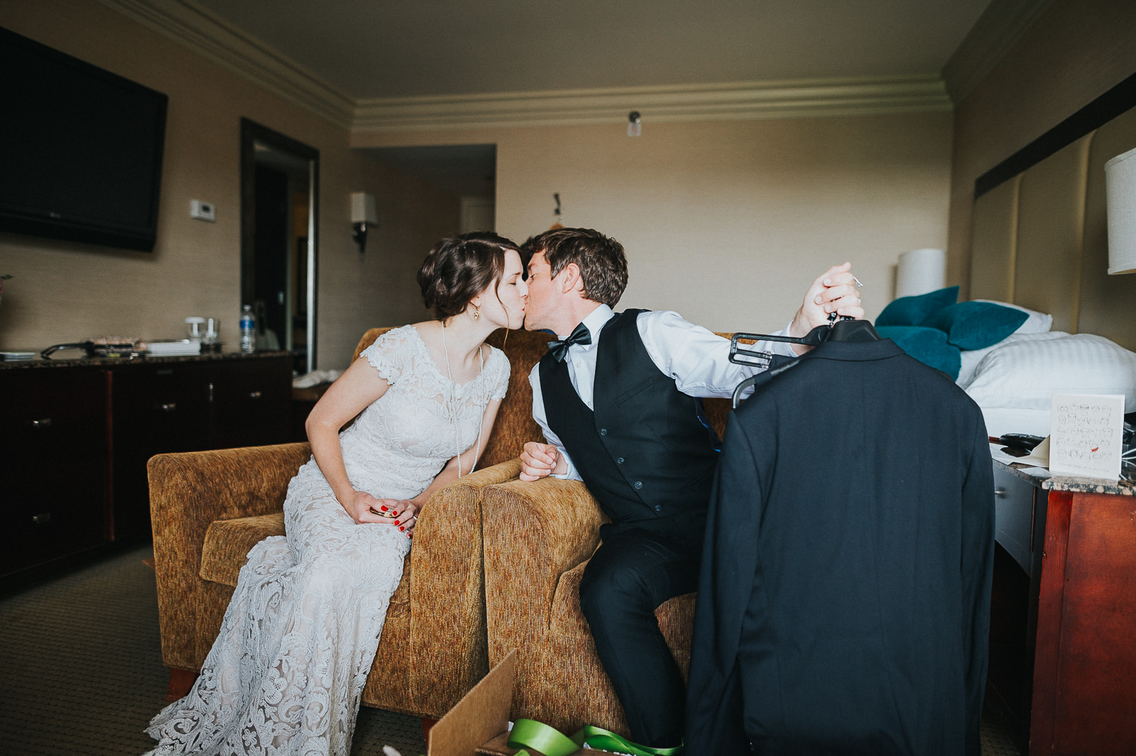 25 bride and groom kiss after figts
