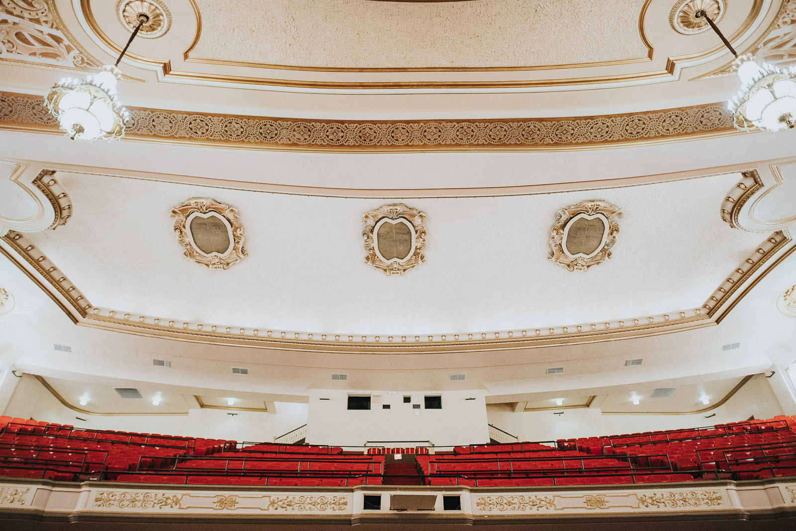 58 epic wedding details at orpheum in madison