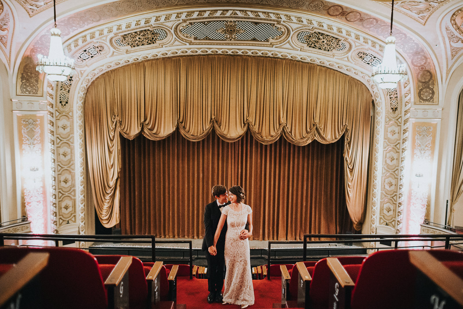 89 bride and groom creative portraits in madison