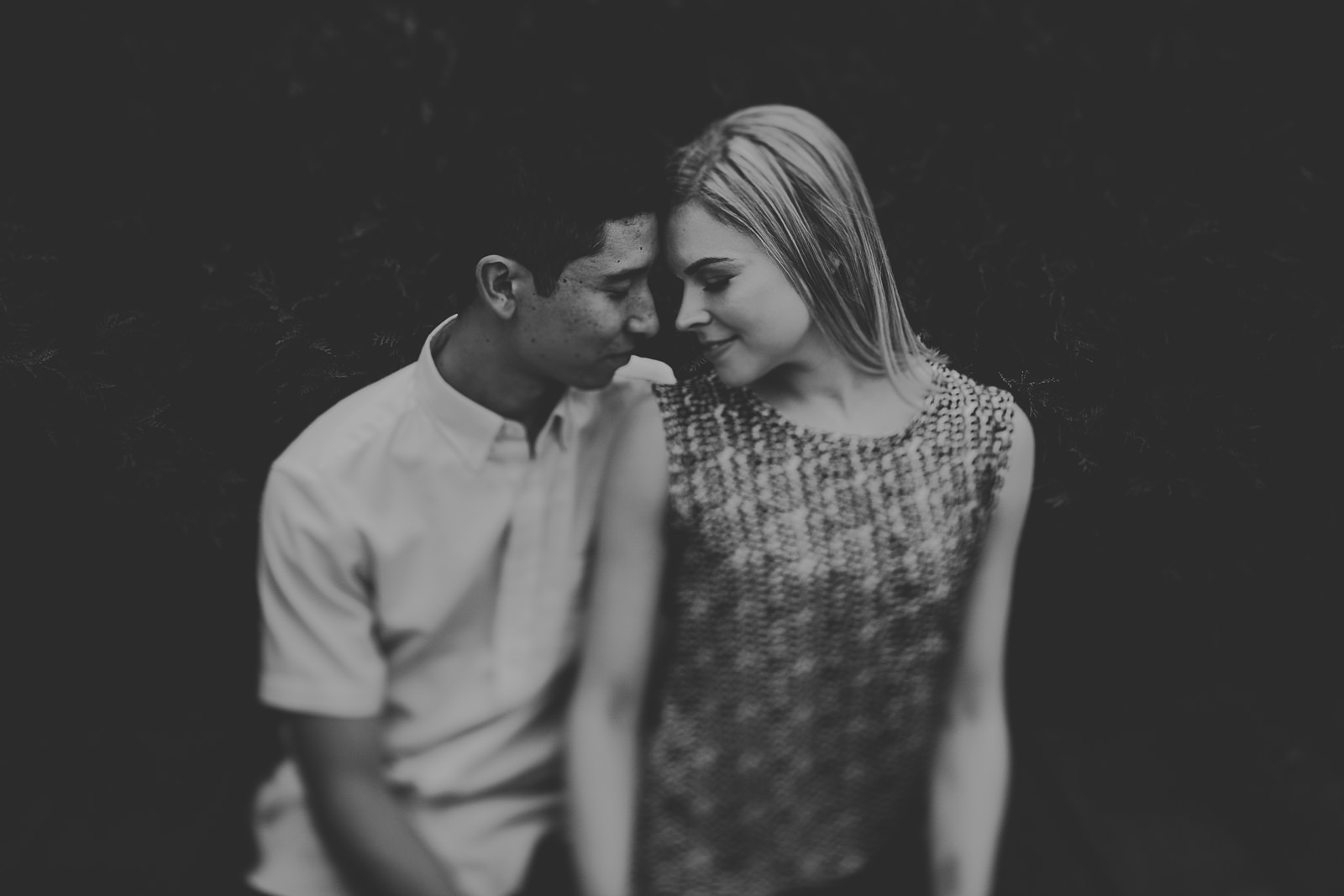 05-black-and-white-engagement-photographs