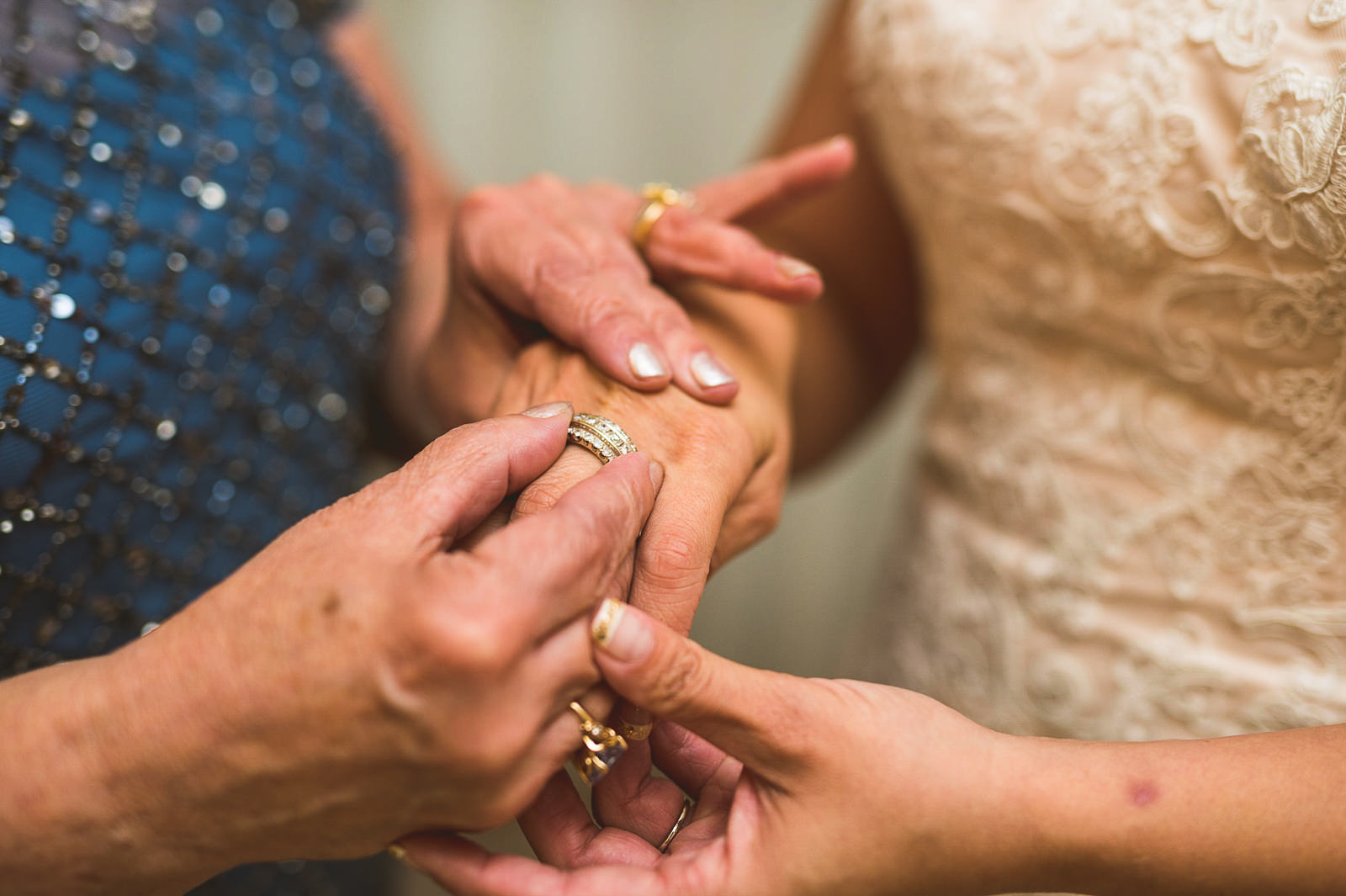 15-bride-putting-on-ring