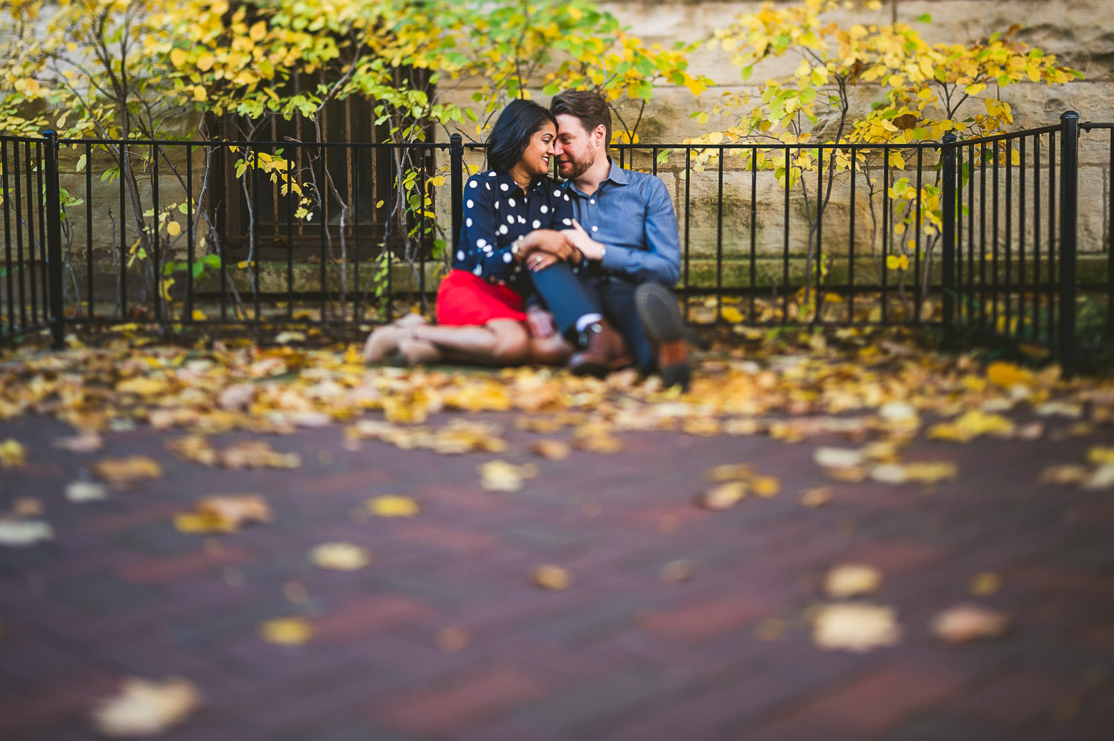 01-chicago-fall-engagement-photos