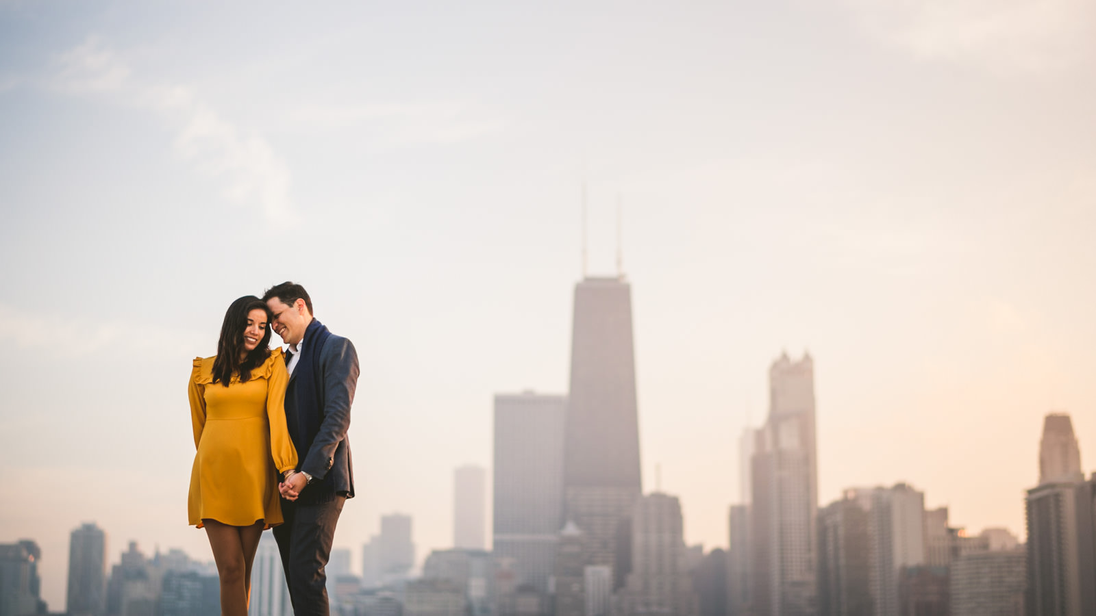 10-engagement-photos-in-chicago