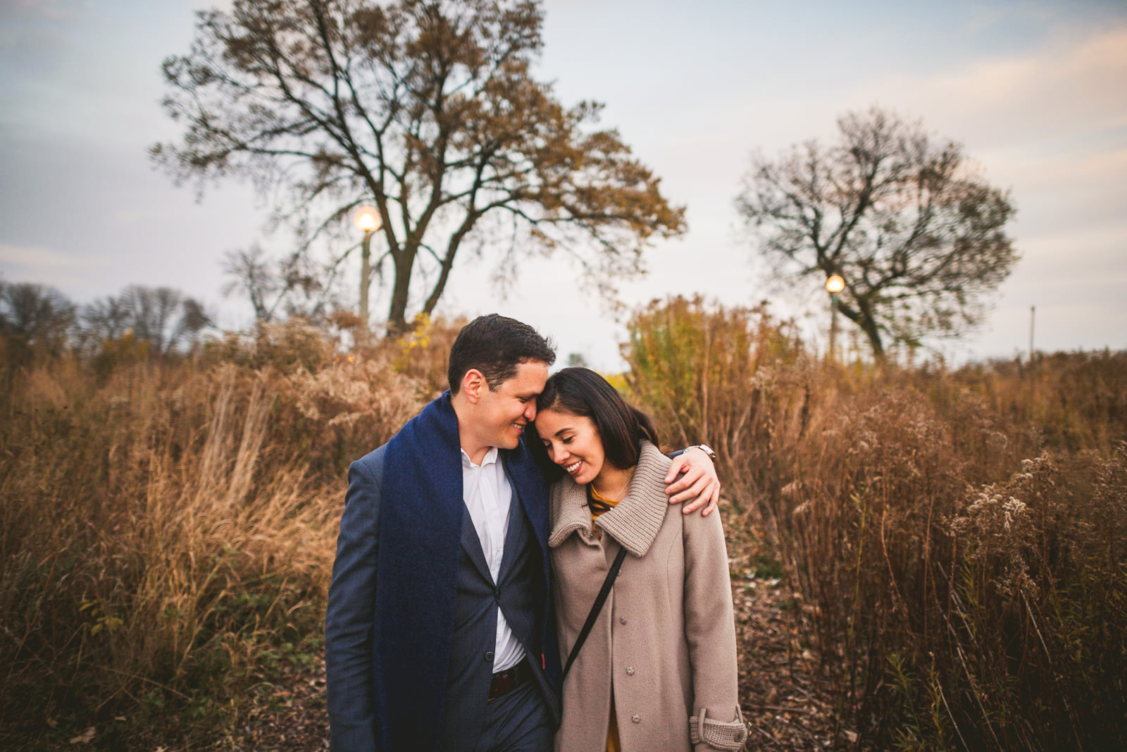 14 walking in lincoln park - Geraldine + Jose // Proposing in Chicago