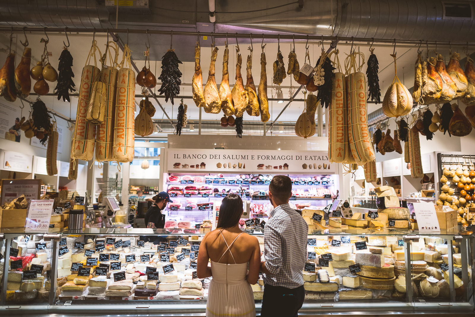 01-chicago-engagement-at-eataly