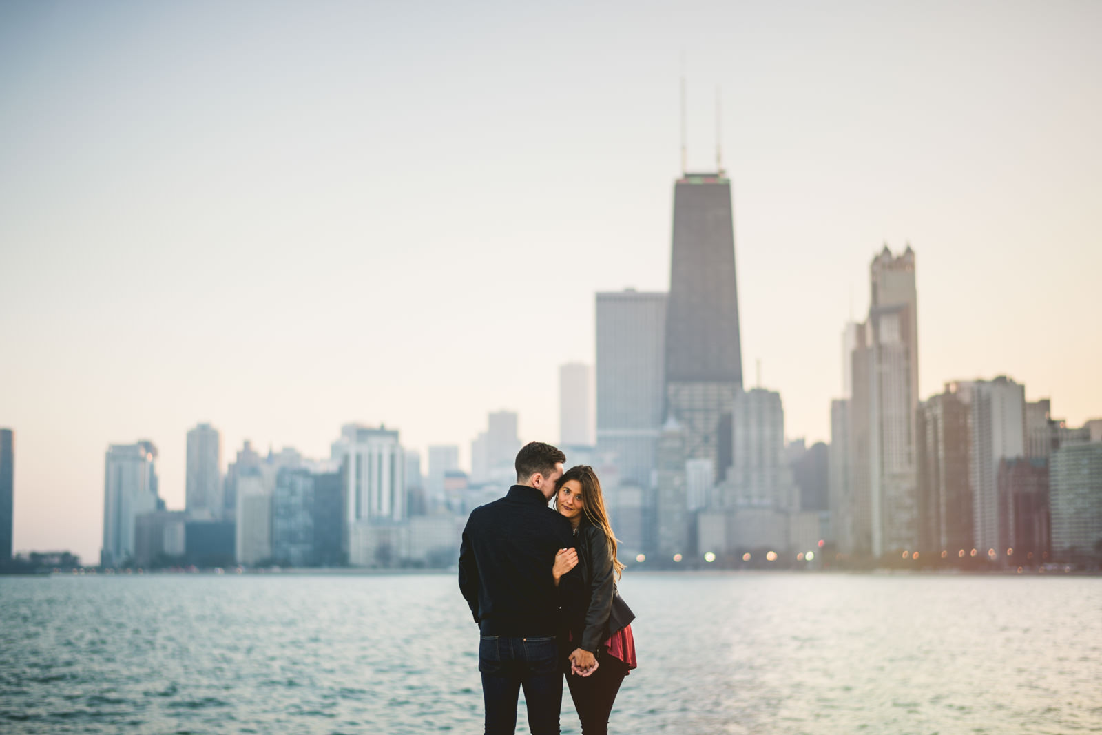 03-chicago-skyline-engagement-photos