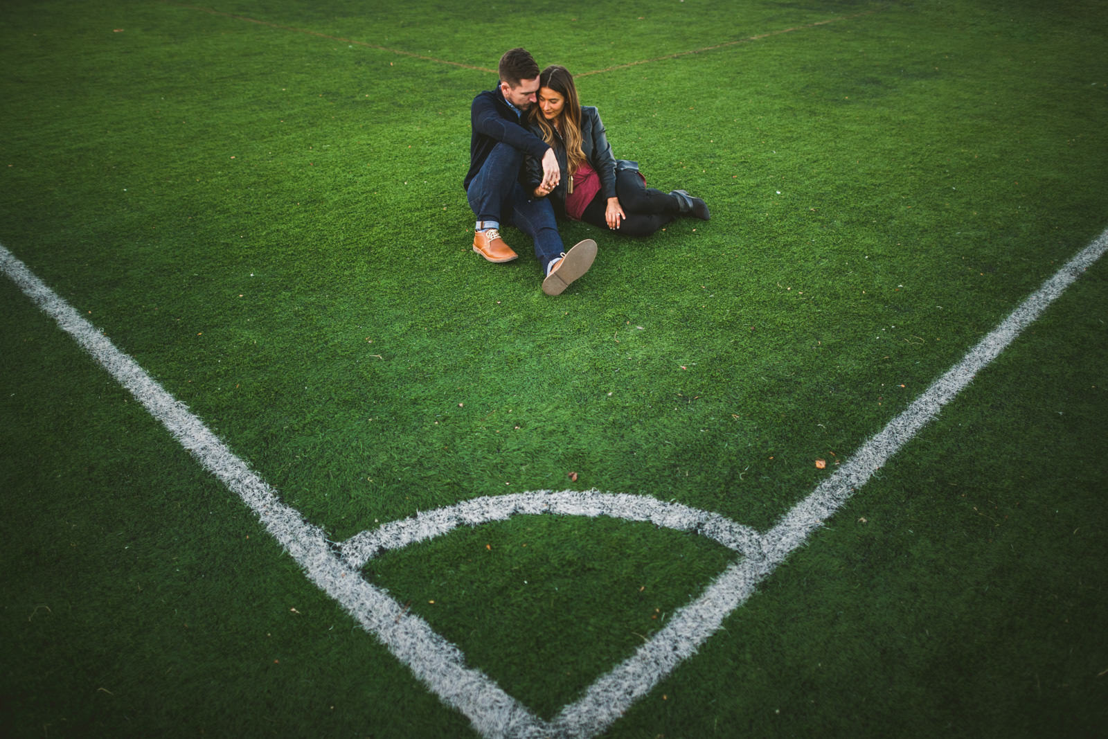 04-creative-soccer-engagement-pics