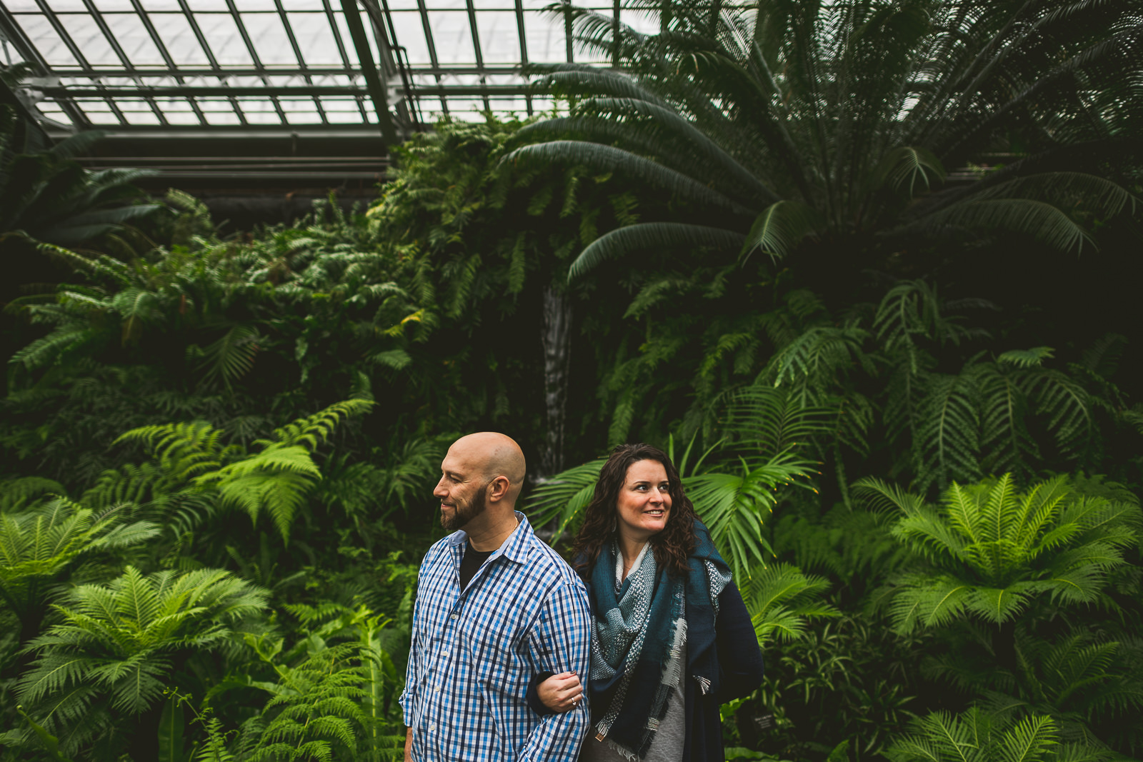 03 engagement session at garfield park conservatory