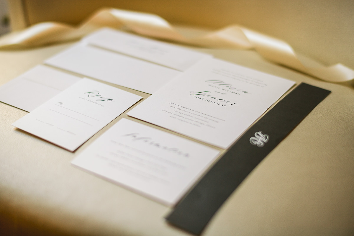 02 wedding invites - Chicago Wedding Photography at Chicago Athletic Association // Alicia + Spencer