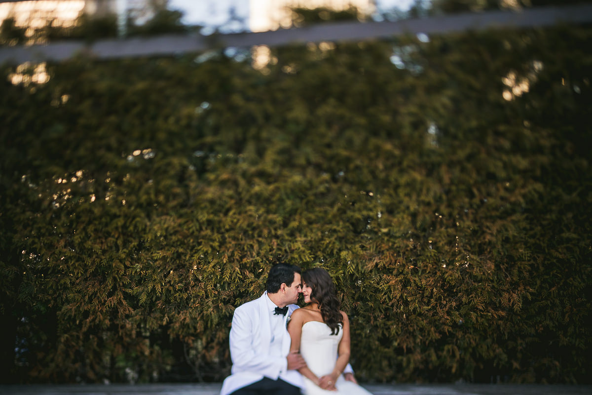 35 chicago wedding photos in millenium park - Chicago Wedding Photography at Chicago Athletic Association // Alicia + Spencer