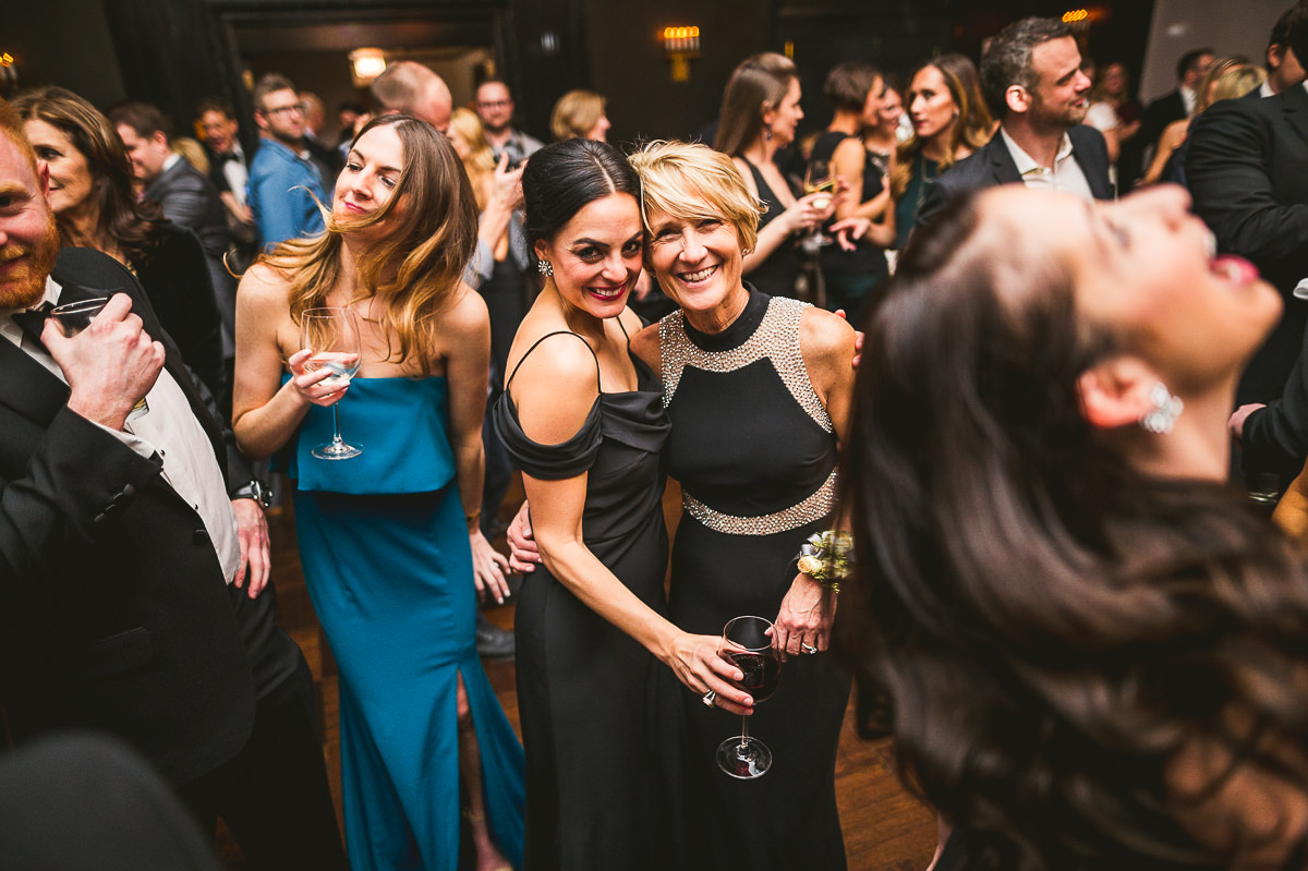 72 girls having fun at chicago wedding - Chicago Wedding Photography at Chicago Athletic Association // Alicia + Spencer
