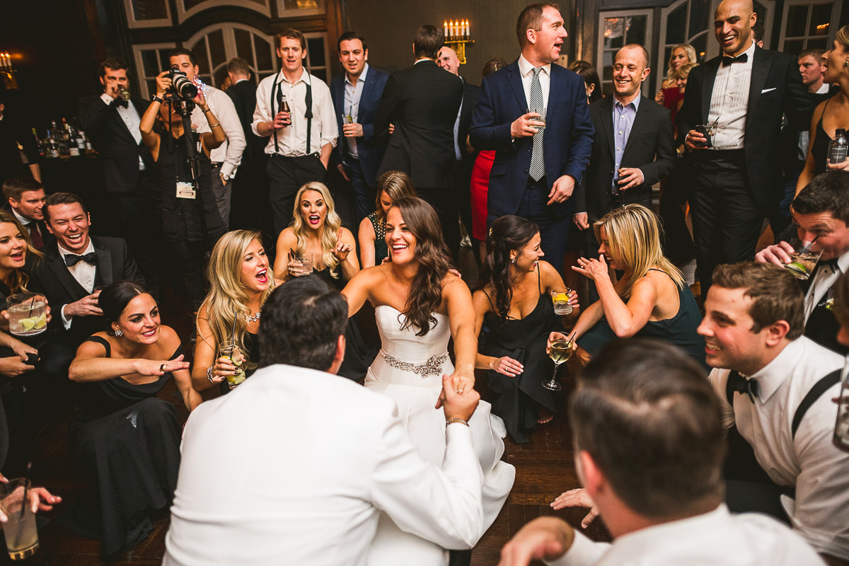 82 best reception photographer in chicago - Chicago Wedding Photography at Chicago Athletic Association // Alicia + Spencer