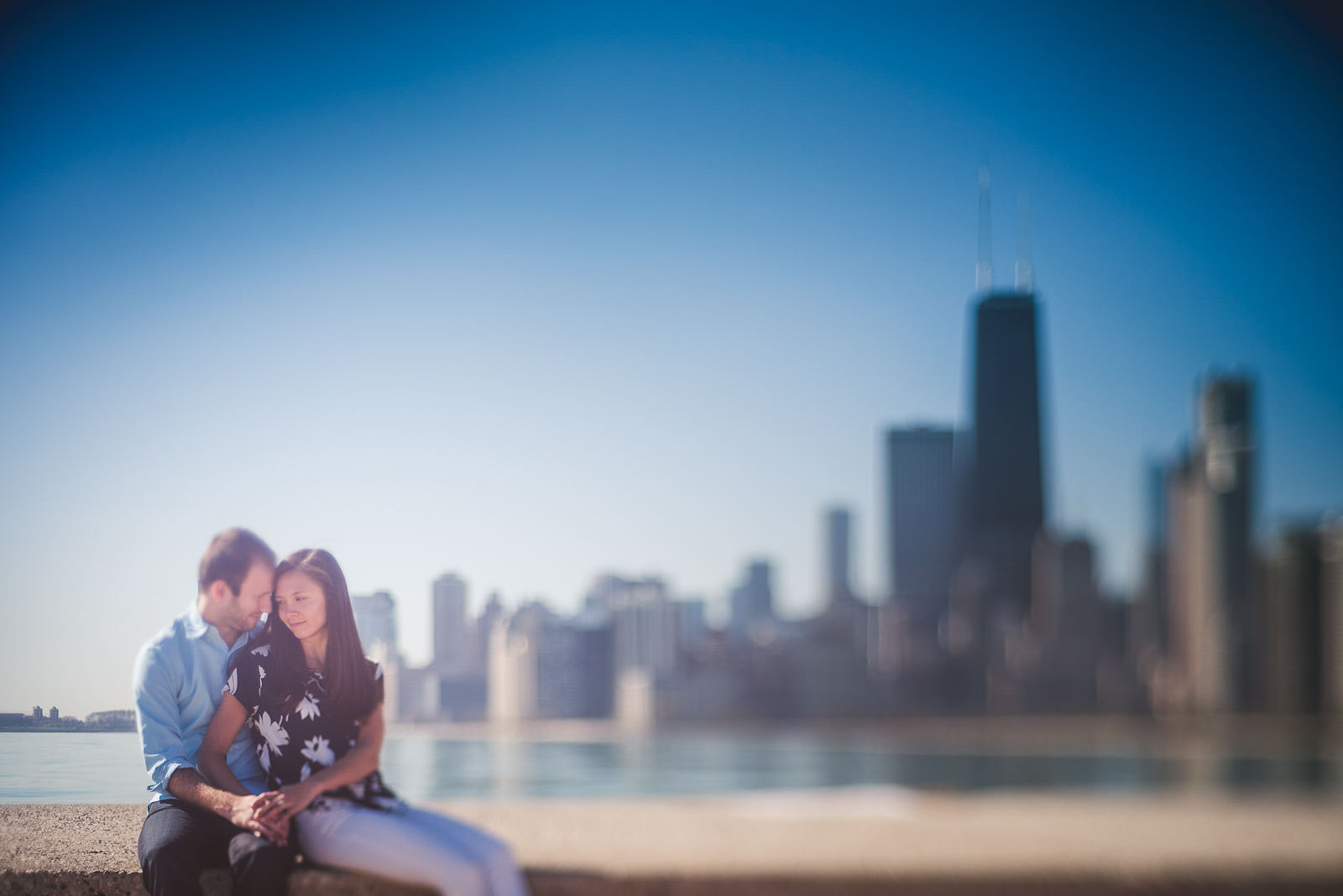 11 creative engagement photos in chicago - Jen + Tom's Chicago Engagement Photos