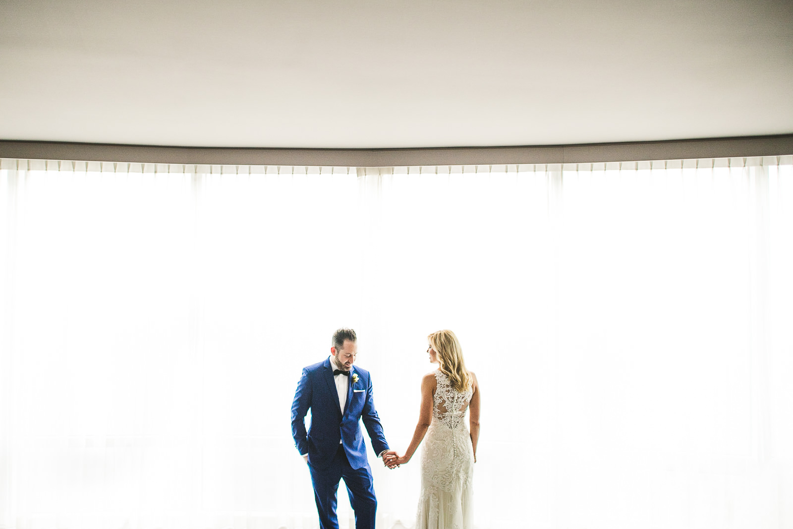 23 chicago wedding photographers - Chicago Wedding Photography at Gallery 1028 // Courtnie + David