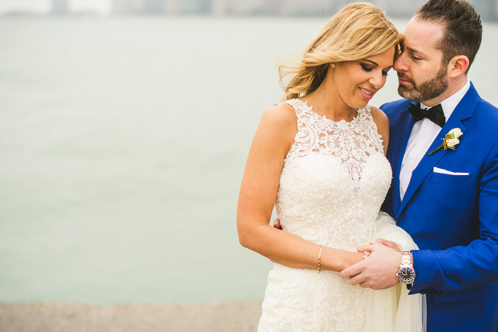 24 chicago wedding photography - Chicago Wedding Photography at Gallery 1028 // Courtnie + David
