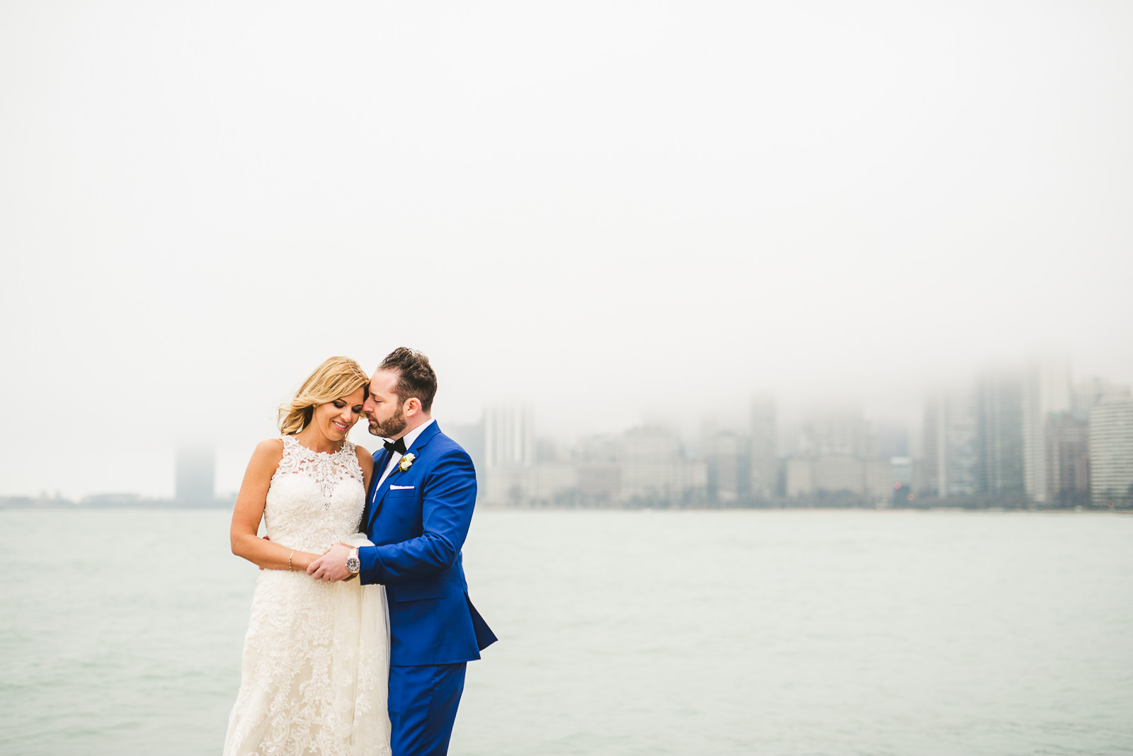 26 chicago wedding photos - Chicago Wedding Photography at Gallery 1028 // Courtnie + David