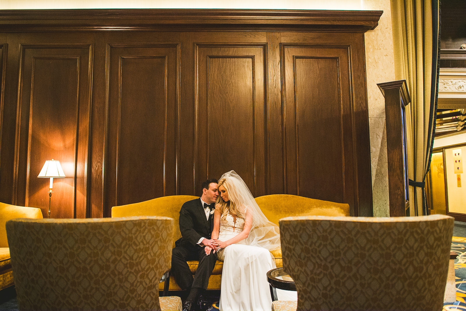 43 creative chicago wedding photos - Kayla + Terry // Drake Hotel Chicago Wedding Photos