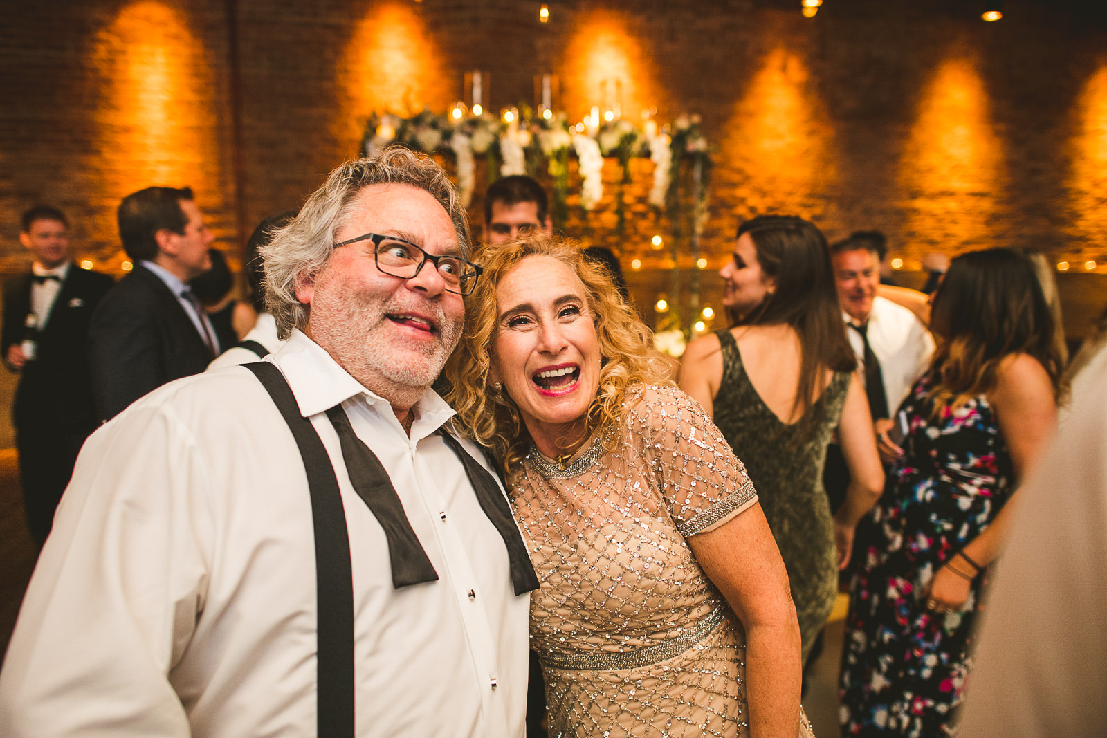 72 fun reception photos at gallery 1028 - Chicago Wedding Photography at Gallery 1028 // Courtnie + David