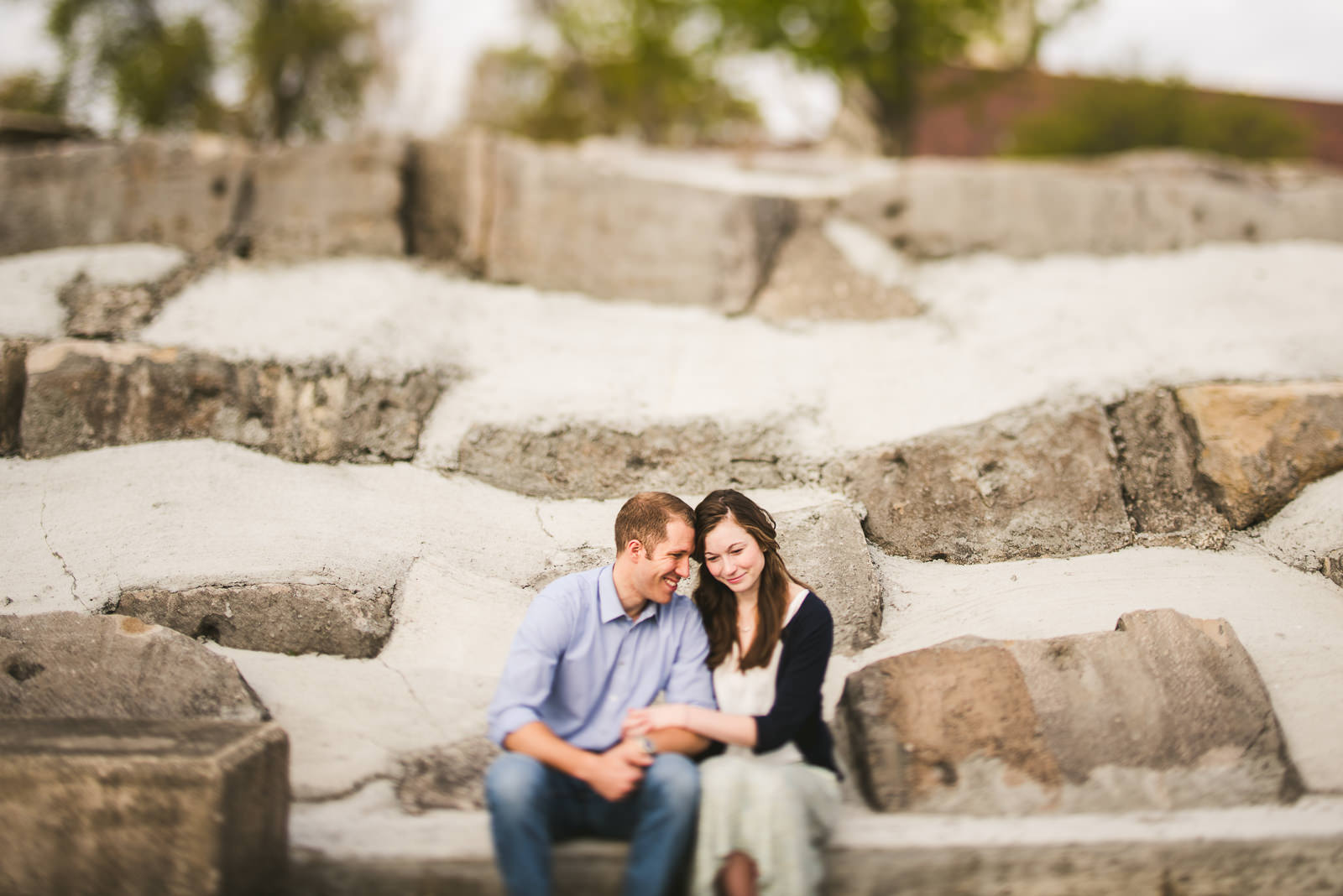 03 best promontory point engagement photos - Hyde Park Chicago Engagement Photos // Annemarie + Zach